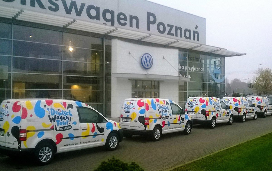 reklama-na-samochodach-deutsche-wagen-tour