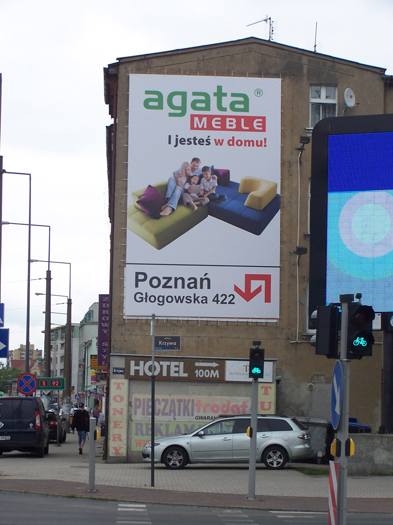 reklama-zewnetrzna-dla-agata-meble
